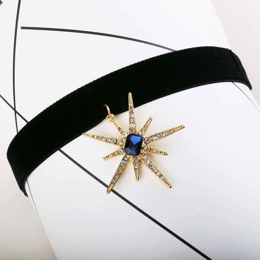 Fashion Korean Velvet Rhinestone-Studded Stars Short Collar Sun Flower Pendant Necklace Jewelry Wholesale