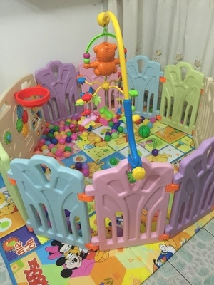2017 Hot Selling Indoor Plastic Baby Playyard with Game Fence (HBS17075A)