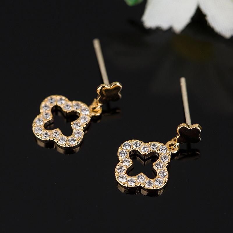Fashion Jewelry -Gold Crystal Rhinestones Drop Dangle Earrings
