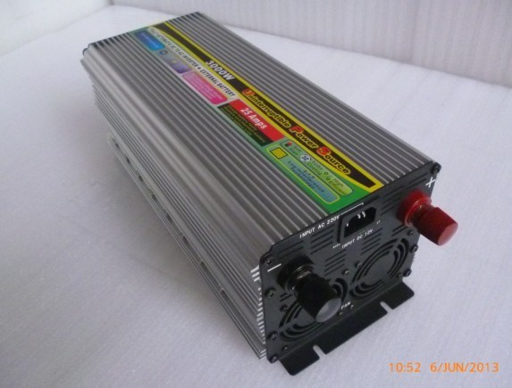 UPS 3000W Power Inverter with 25A Battery Charger