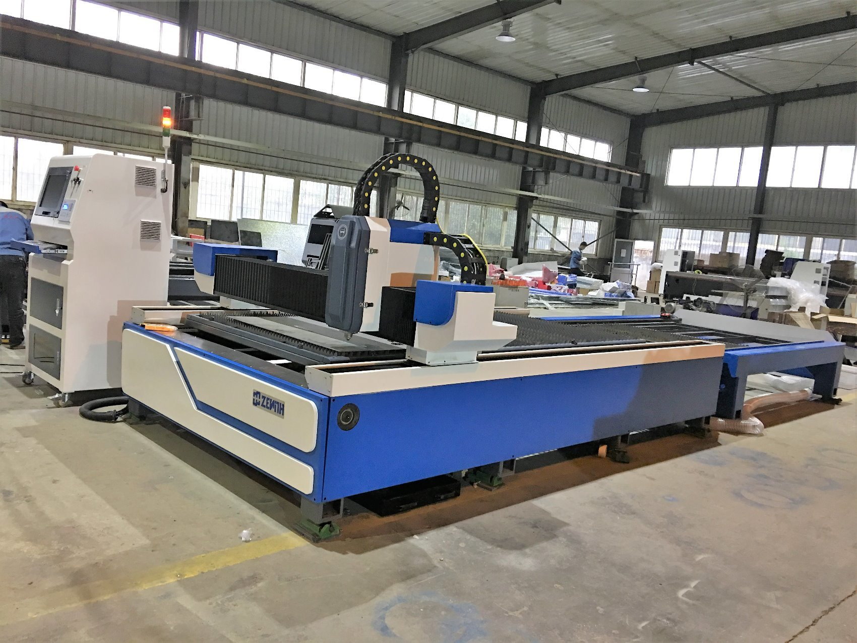 Fiber Laser Cutting Machine (XZ1325)