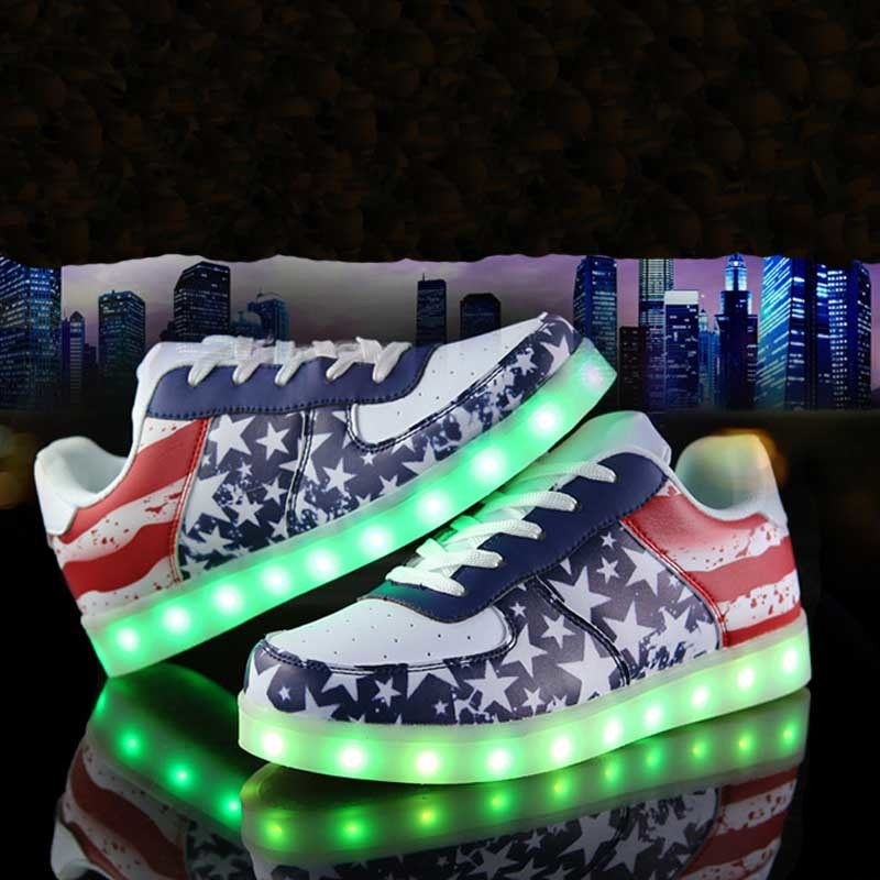 Battery Operated USB Charging Light LED Shoes with 7 Changeable Color