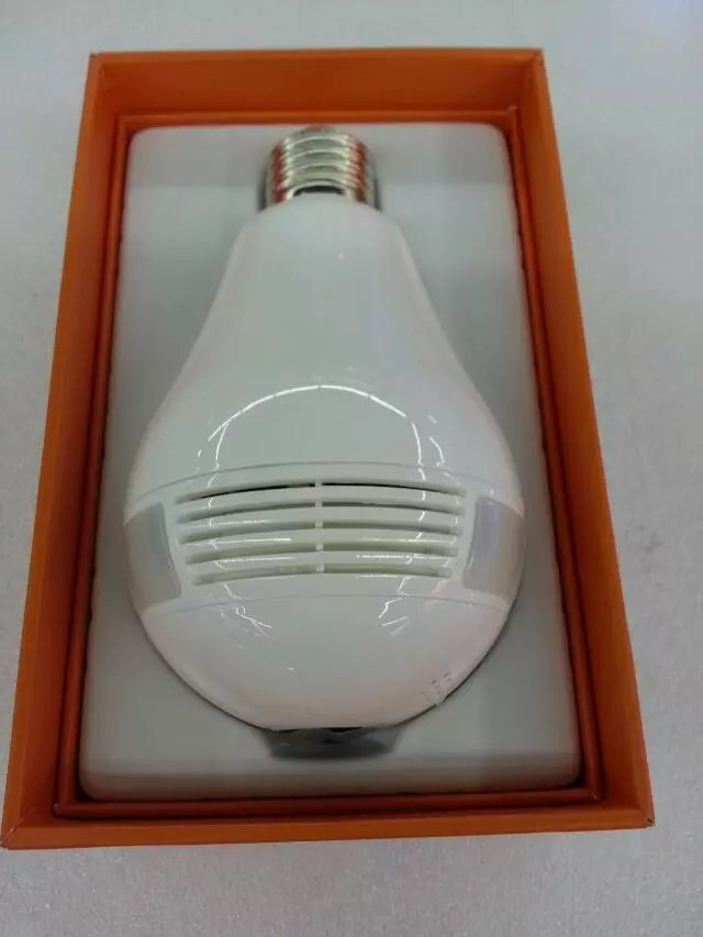 Wireless WiFi Smart Bulb 360 Degree Full HD IP Camera with Two-Way Audio and 128g Recording Feature Mini Digital Video Camera