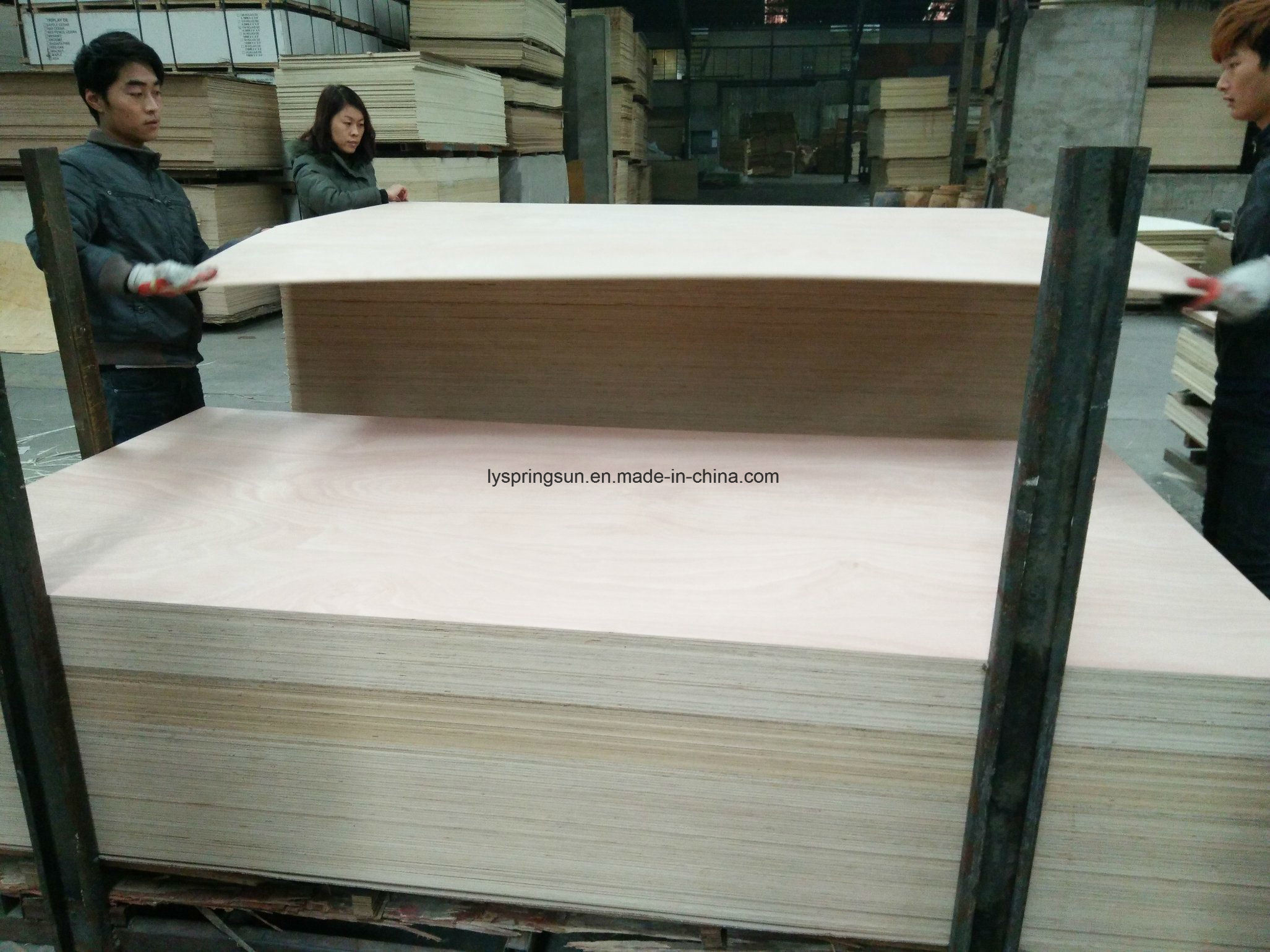 China Commercial Plywood for Furniture