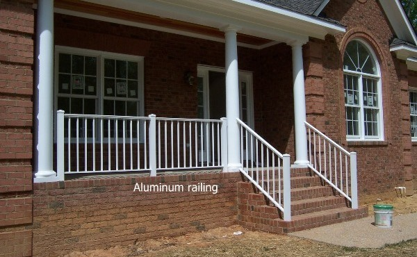 Aluminium Handrail or Glass Staircase and Glass Railing