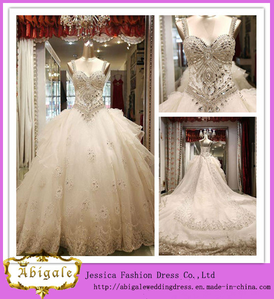 Latest Style Luxurious Ball Gown Spaghetti Straps Crystal Wedding Dress with Detachable Train (PD10032)