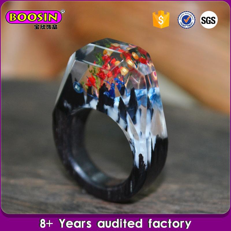 Hot Sell Fashion Handmade Secret Finger Resin Landscape Wood Ring