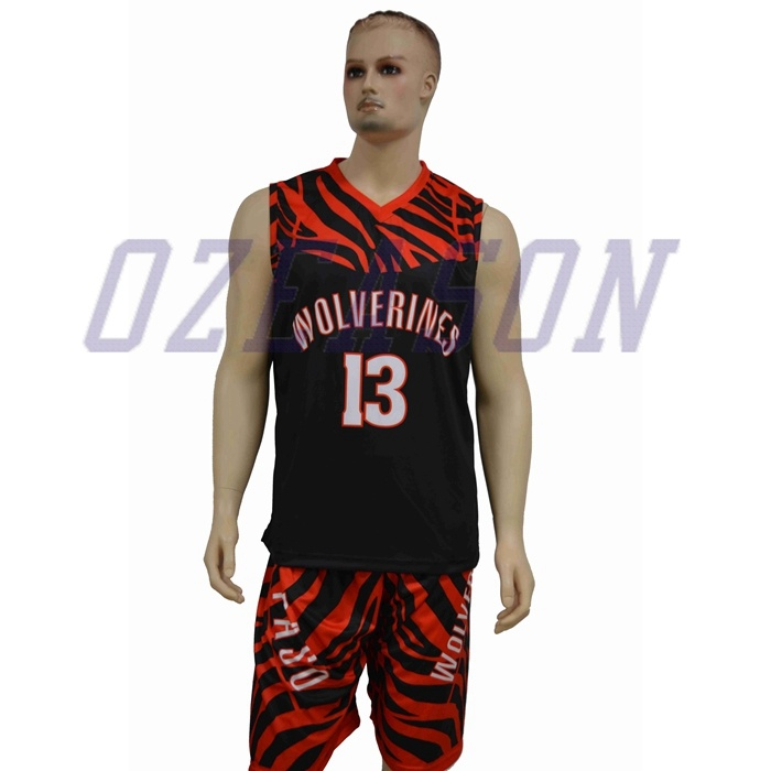 China Manufacturer Custom Reversible Sublimation Basketball Uniforms for Team (BK002)