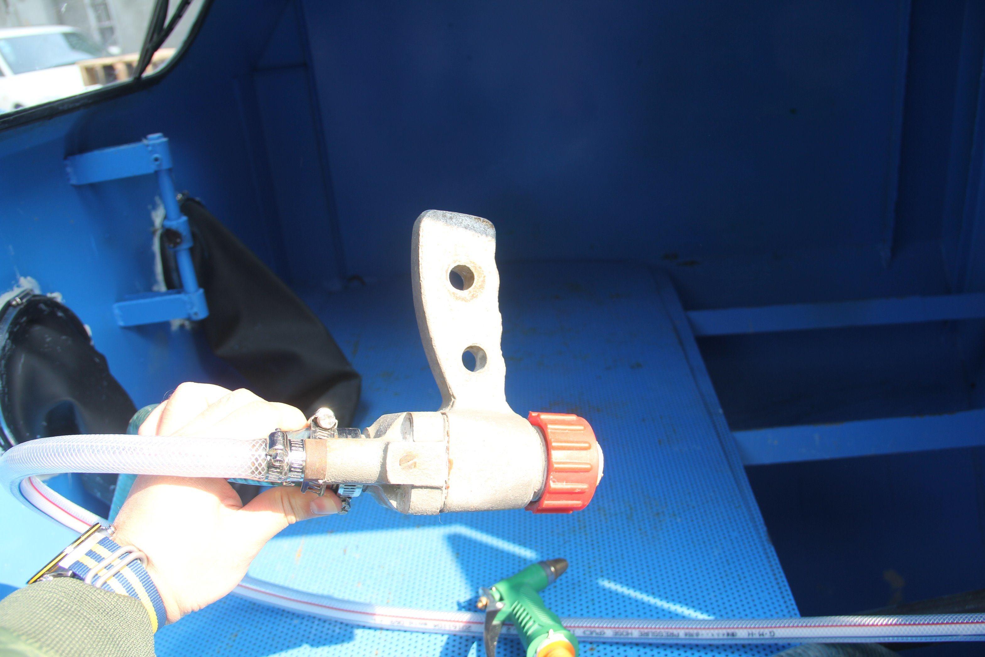 Wet Sand Blasting Machine with Water Pump