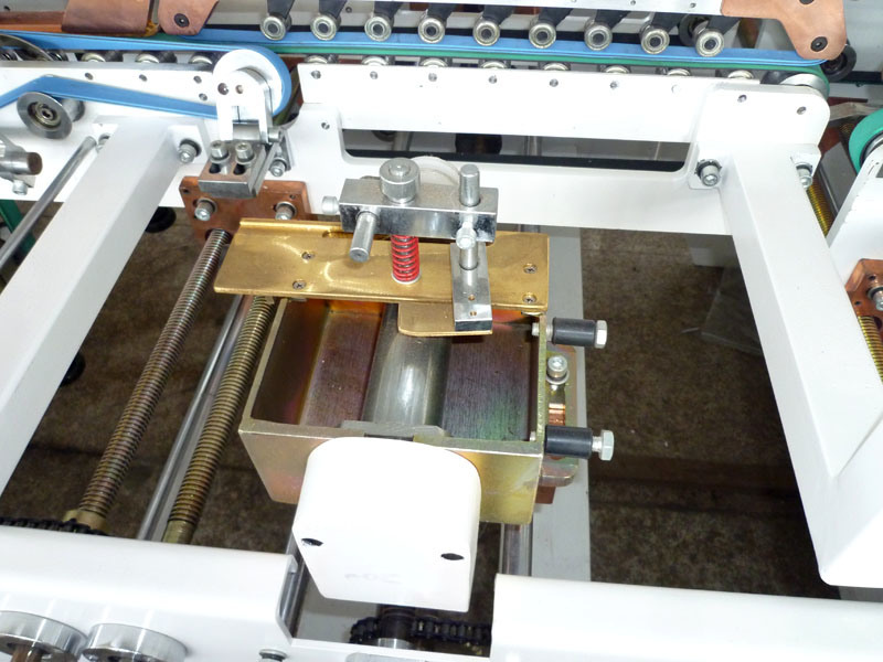 Yzhh Automatic Pre-Folding Folder Gluer Machine