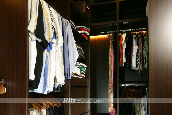 China Customized Made Good Price Wooden Closet Organizers