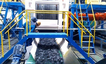 Lignite Coal Powder Briquetting / Briquette Making Machine with High Pressure pictures & photos