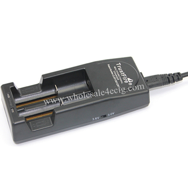 Trustfire Tr001 Battery Charger for 18650/18350/18500/17650/16340 Batteries etc, with CE Approval