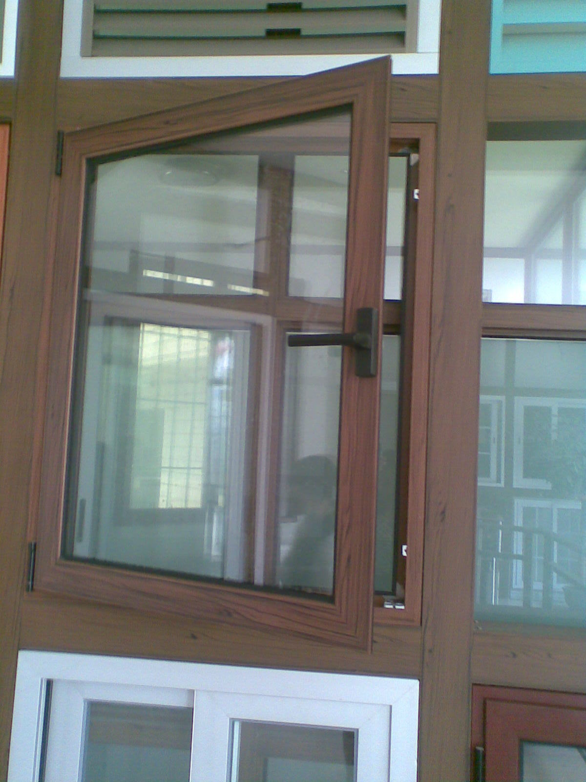 China aluminum wooden casement window hw 208 china for Wooden casement windows