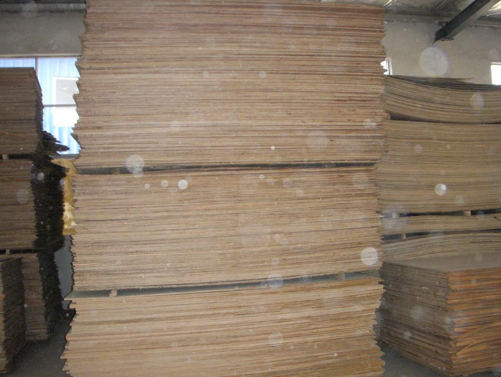 Okoume Marine Plywood for Boat Building (size 1220*2440mm)