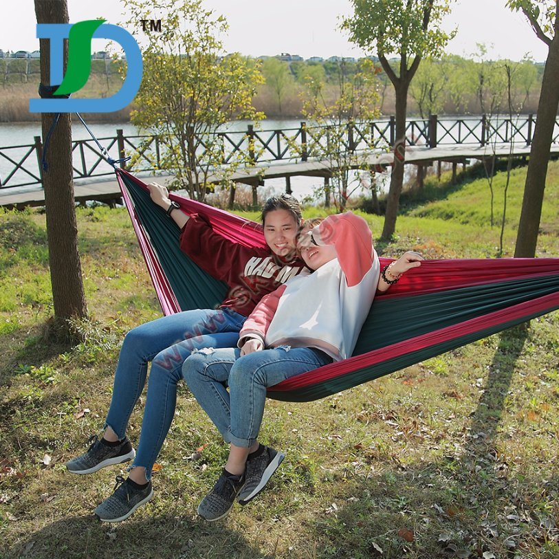 Wholesale Portable Outdoor Traveling Camping Nylon Fabric Hanging Hammock