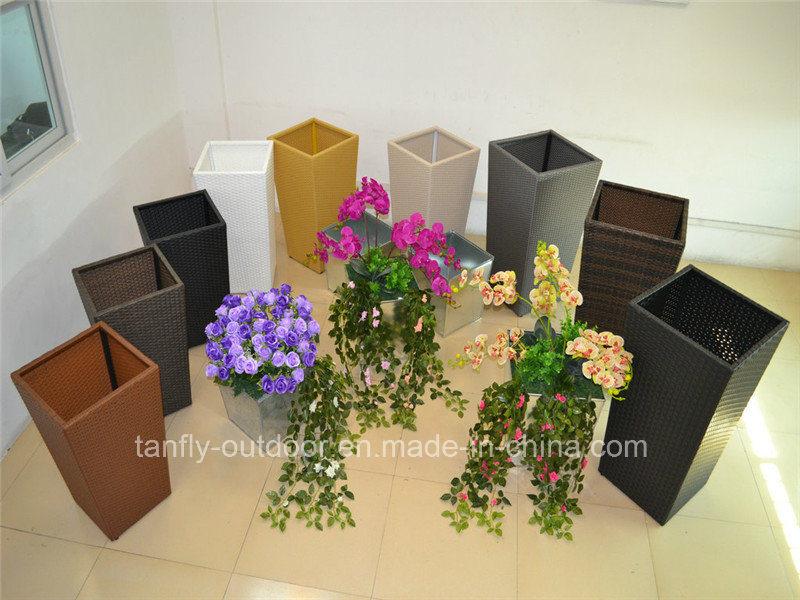 Outdoor Rattan Square Tapered Garden Flower Pot with Inner Steel