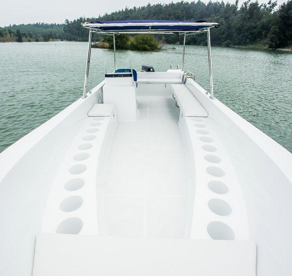 Outdoor Recreation Motor Fiberglass Fishing Yacht for Sale