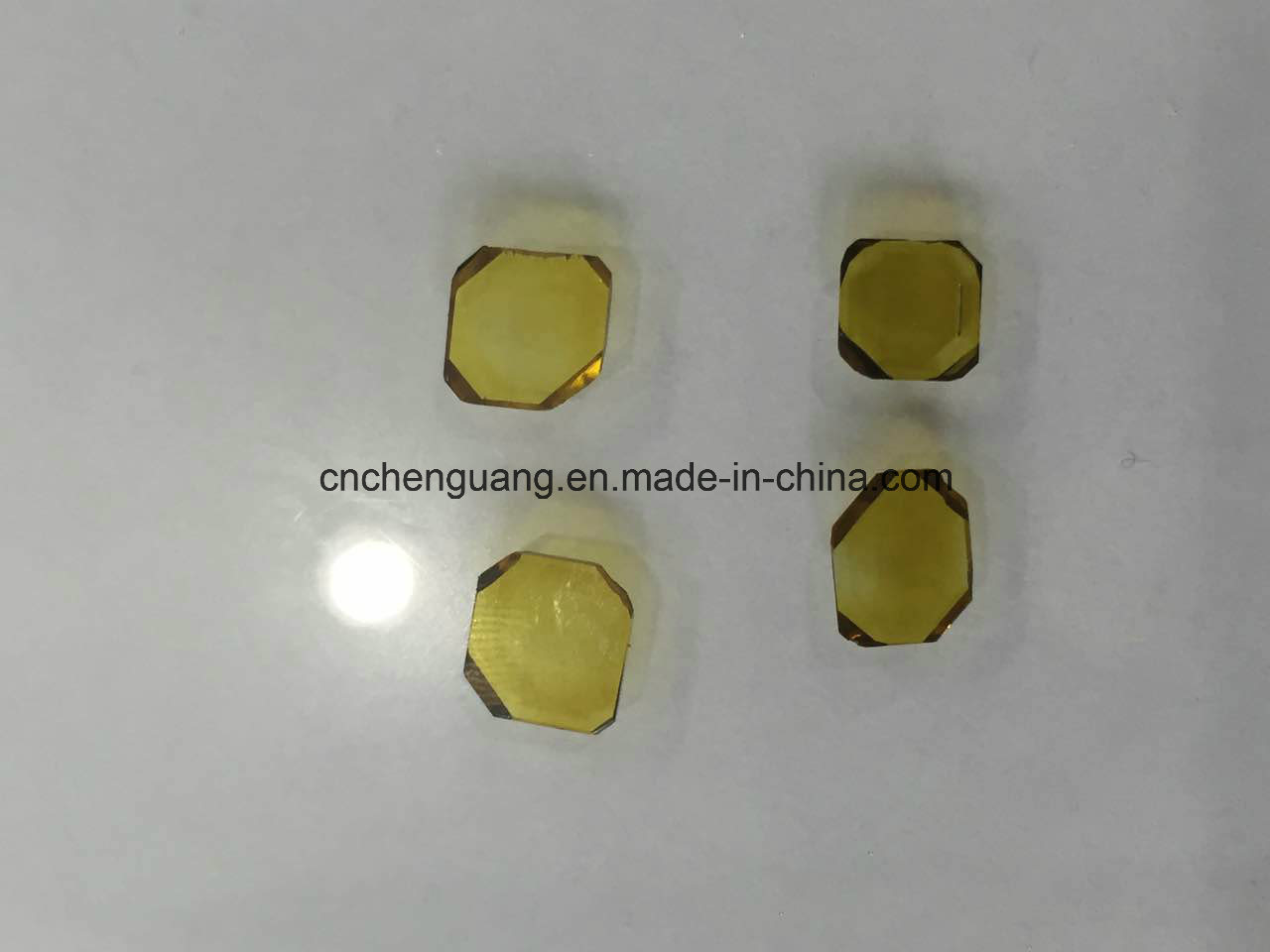 5*5mm Square Shape Hpht Monocrystal Diamond Plate for Cutting or Dresser