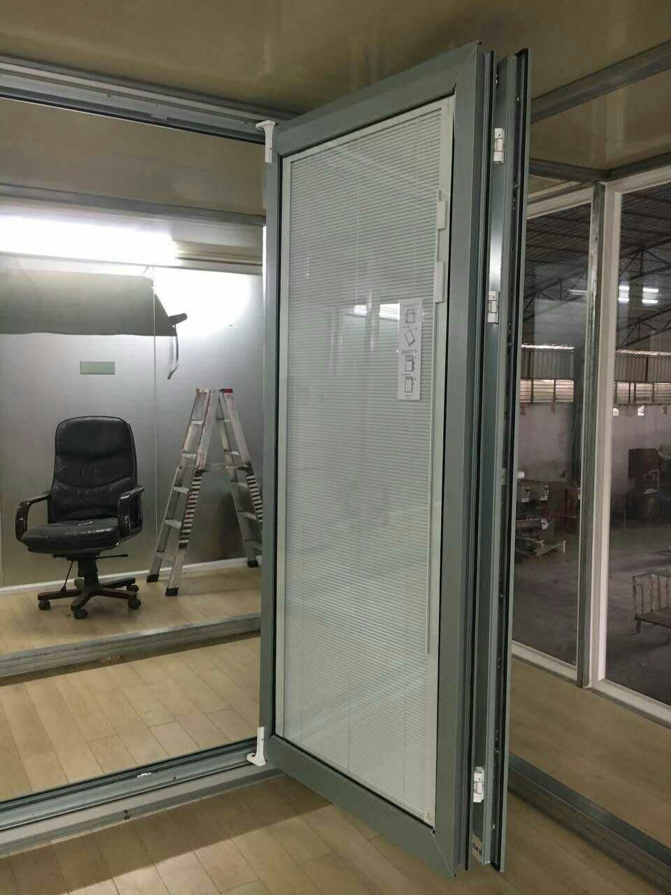 High Grade Quality Kommerling PVC Bi-Folding Door (BHP-AD03)