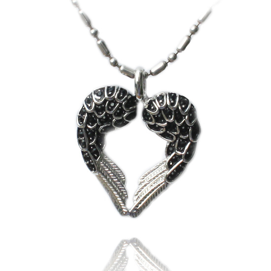 Jewelry Fashion Necklace with Love Heart Shaped Pendant Necklace