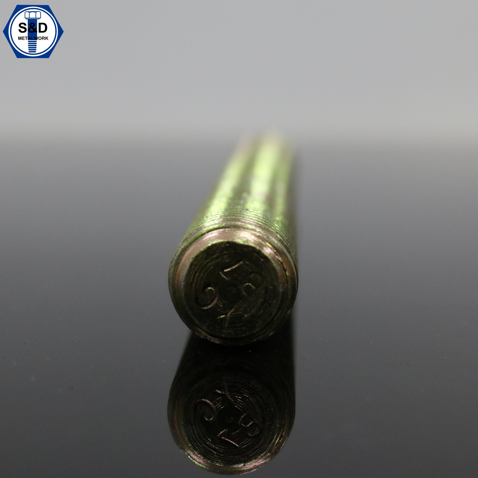 Stud Bolts/ Threaded Rods ASTM A193-B7 Yellow-Zinc Plated