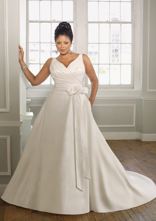 China plus size simple model wedding dress and brial gown for Plus size wedding dresses for cheap