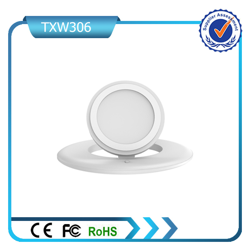 New Arrival Wireless Charging Pad Qi Wireless Charger with USB Port & USB Cable Wireless Receiver for Ios and Android