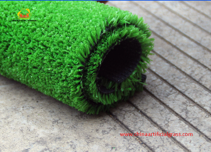 Economical Leisure Center Artificial Grass with Fibrillated Yarn