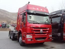 Sinotruk HOWO 6X4 Tractor Head Truk (ZZ4257N3247C)