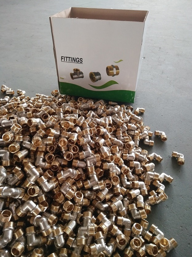 Nickel-Plated Screw Fitting - Elbow with Extention M/F of Water Pipe Fittings