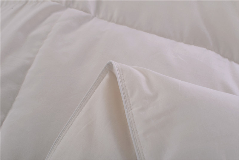 All Season Use Natural Body Cover Comforter of Bedding