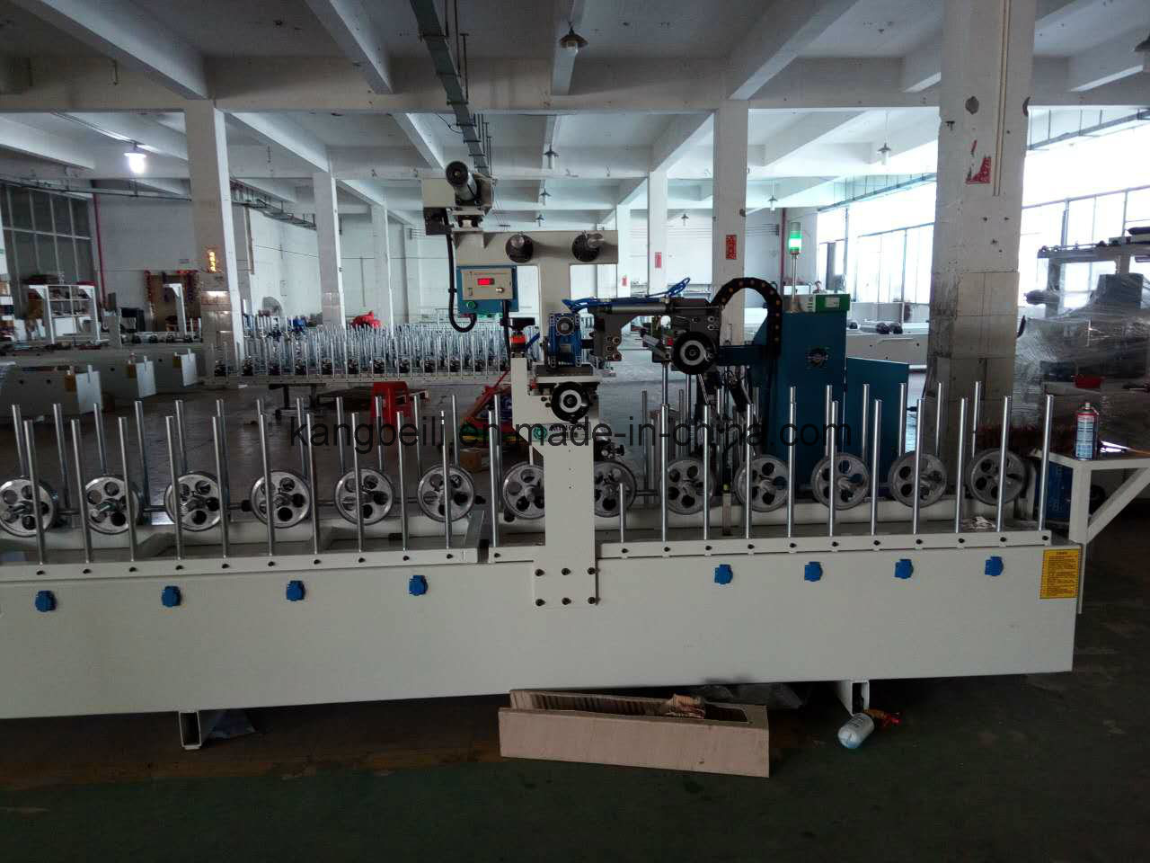 PVC Plywood and MDF Furniture Decorative TUV Certificated Woodworking /Laminating Wrapping Machine