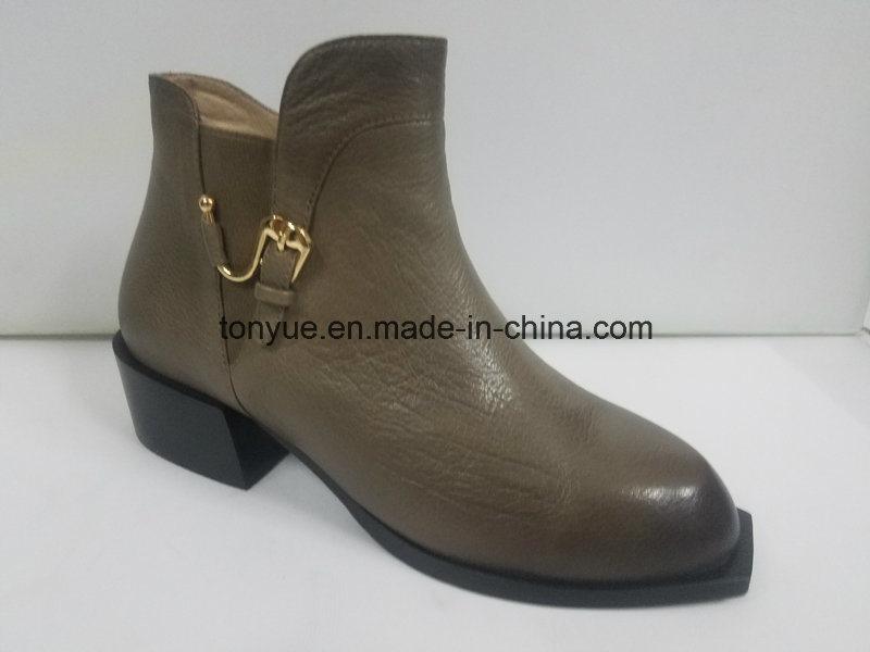 Lady Leather Personality Wind Restoring Ancient Ways Point with Buckle Short Boots