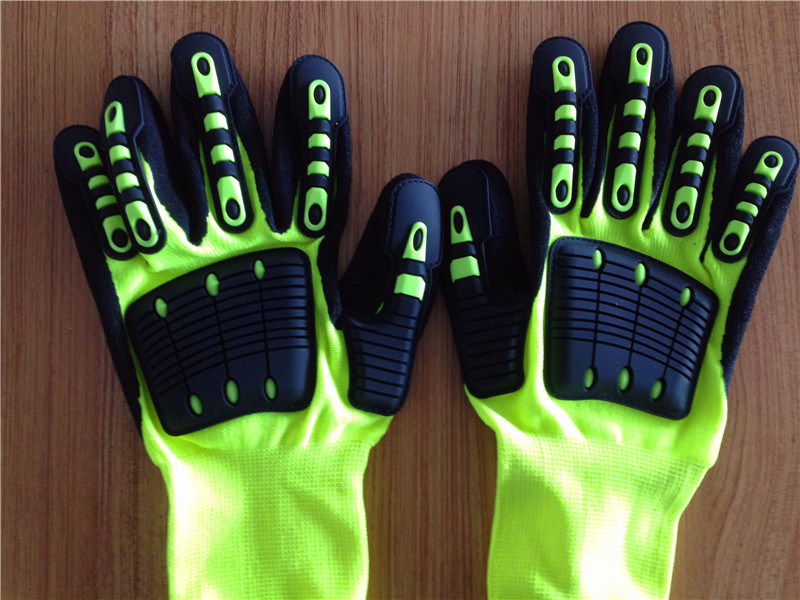 Sandy Nitrile Finished Poly/Lycra Safety Gloves with TPR&Sponge Sewing by Self-Sticker