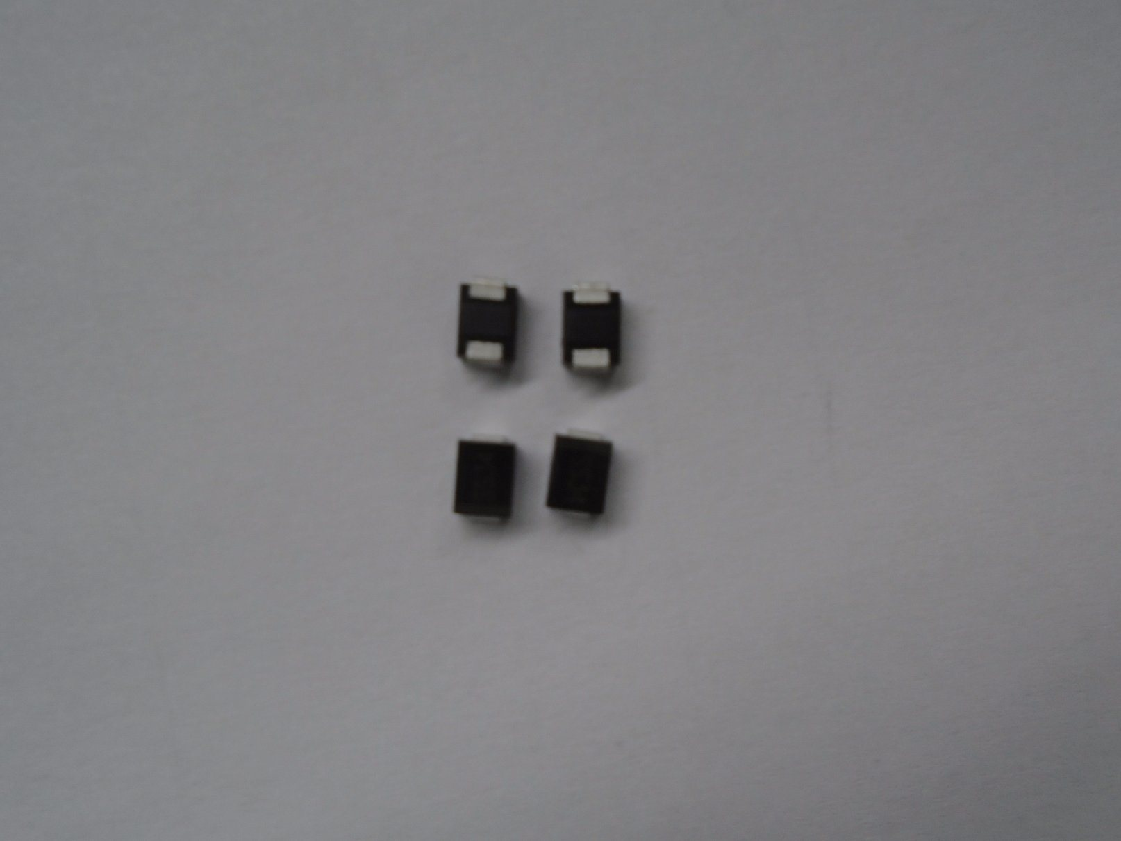 Schottky Ss26 for 2A Diode as OEM Manufacturer