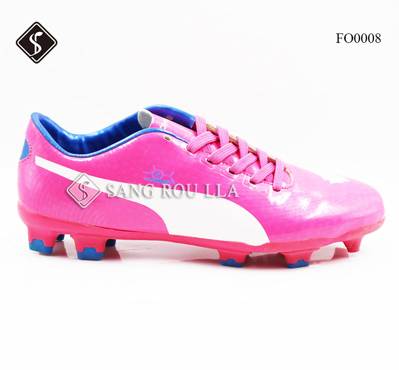 Soccer Shoes with Lightweight and Comfortable & Synthetic