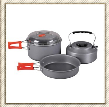 Winterial Camping Cookware and Pot Set (CL2C-DT1615-4)