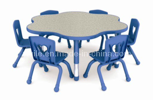Kids Furniture Table and Chairs Set (YQL-19305A)