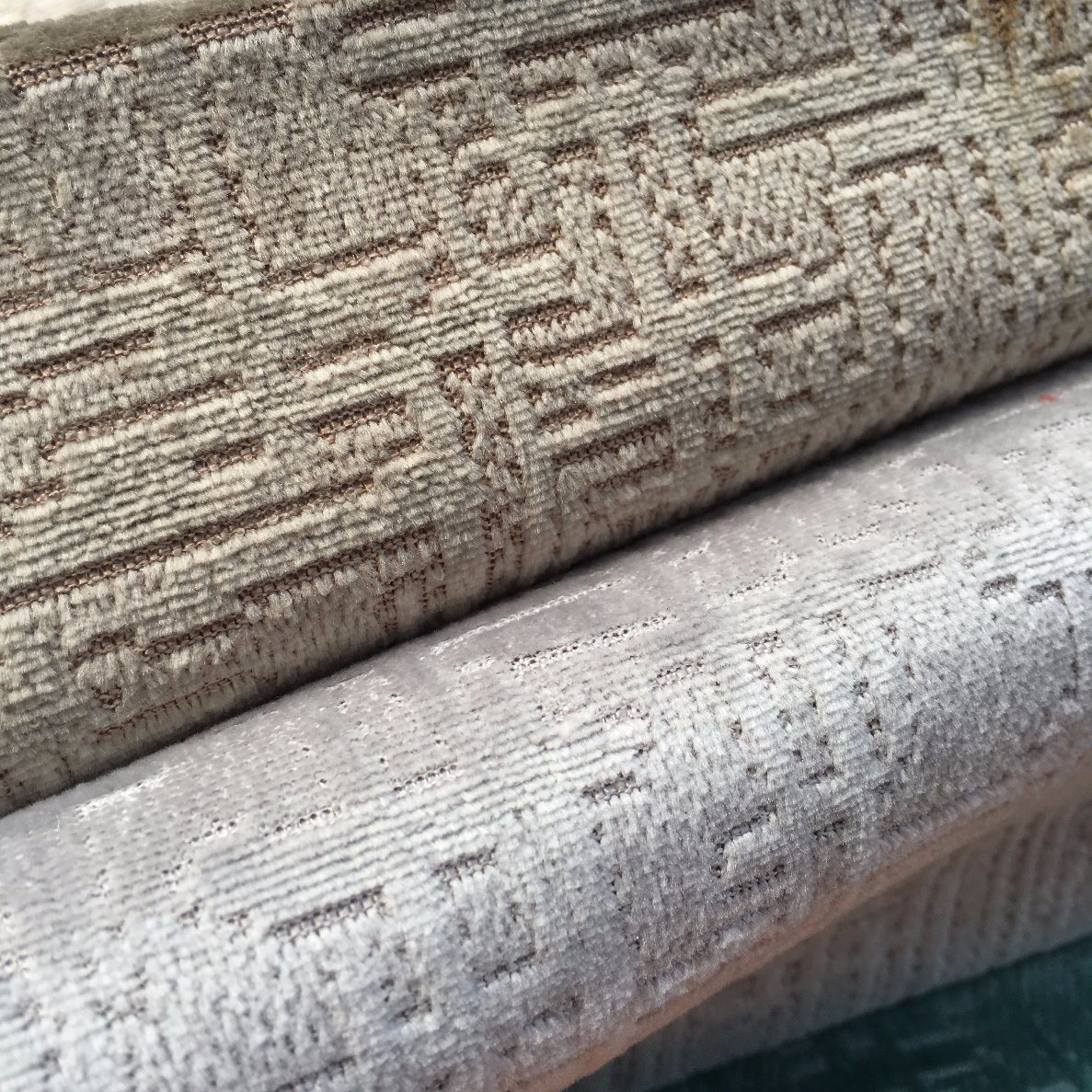 Dull Knitting Velvet Jacquard Fabric with Two-Tones Ground Nice for Furniture (BL071)