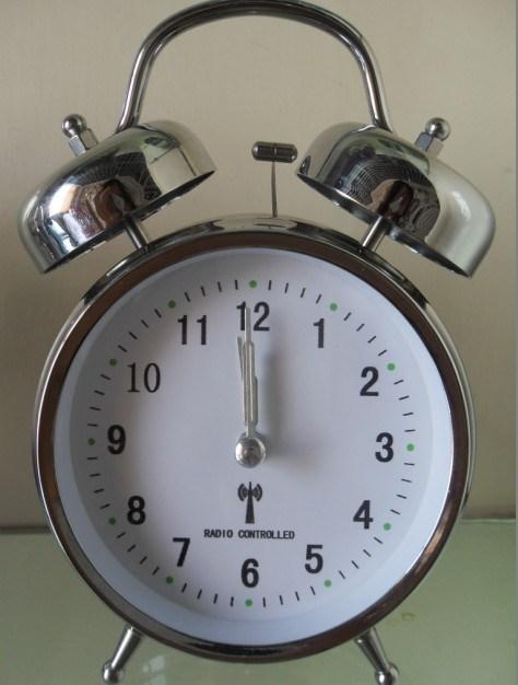 Radio Controlled Alarm Clock (KV206M-R)
