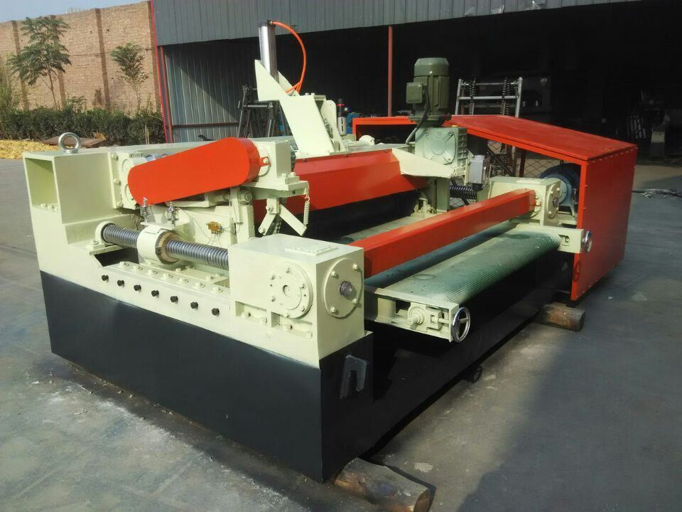 2.6 Meter Numerical Face Veneer Lathe Machine One Roller Motor Power 5.5kw