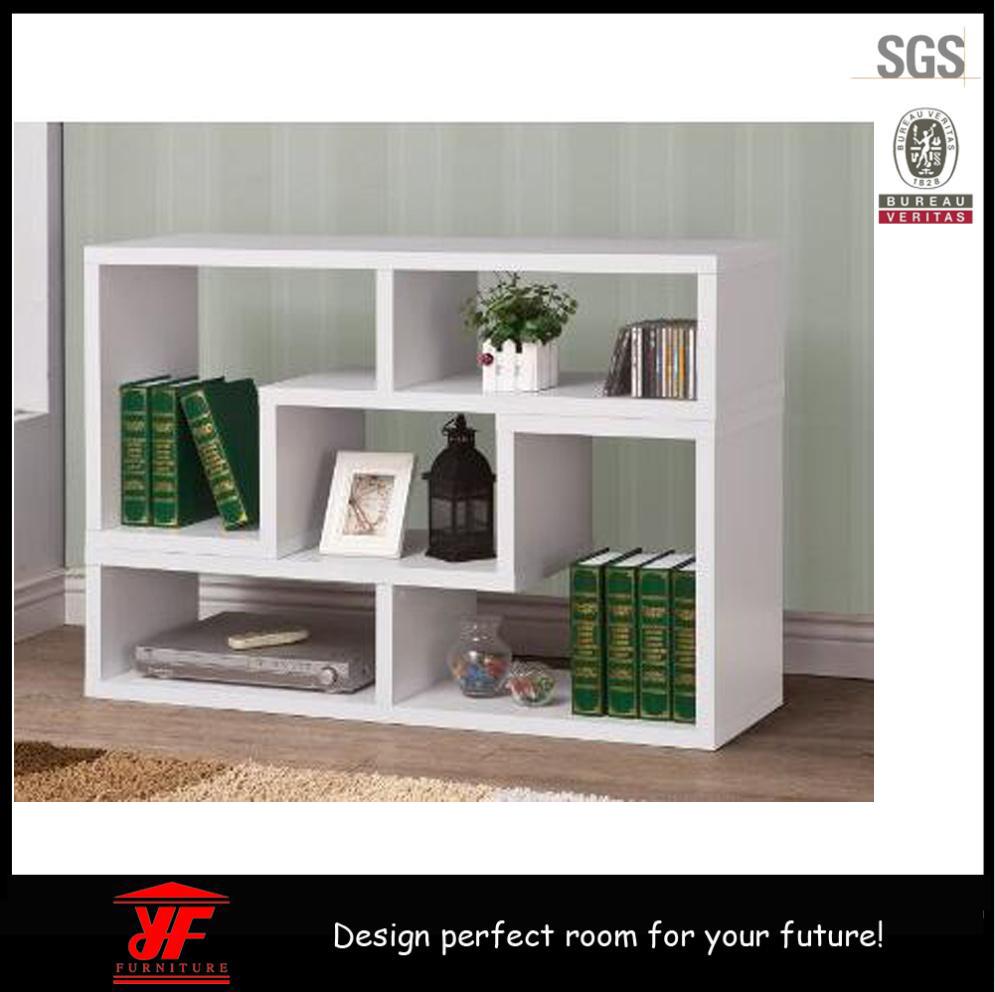 Foto de soporte de madera del estante para libros led tv for Muebles para libros modernos