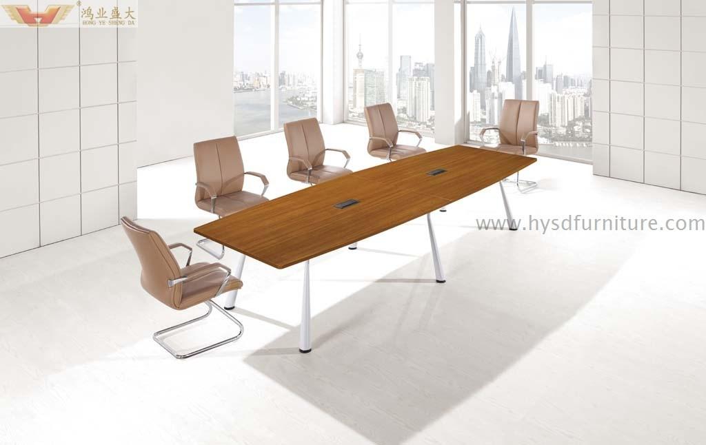 Foto de mesa moderna de la reuni n de la serie de la for Mesa oficina moderna