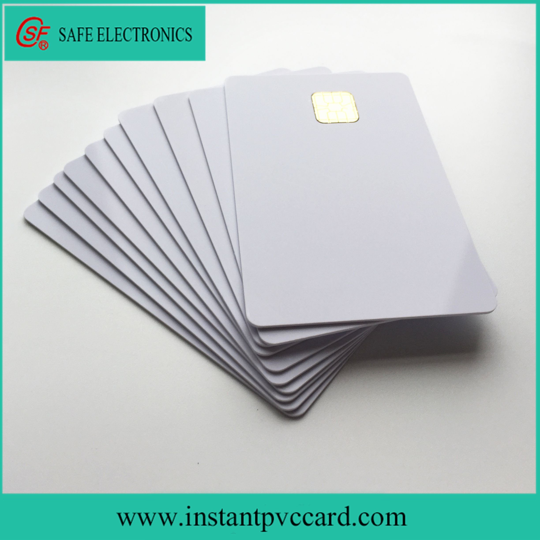 Deux Carte Imprimable De La Puce Ic Du Contact Sle4428 De