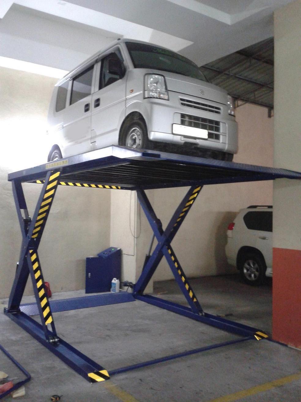 Ascenseur de stationnement de voiture de ciseaux de deux for Ascenseur voiture garage