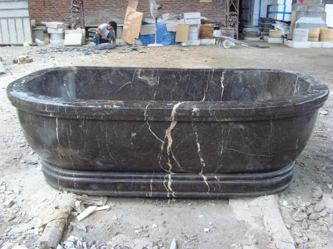 Baignoire noire de marquina baignoire noire de marquina for Baignoire couleur noire