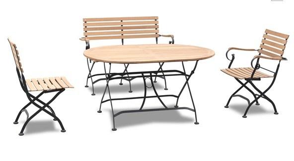 A tabela e a cadeira foldable do ferro do jardim da for Mobilia outdoor furniture