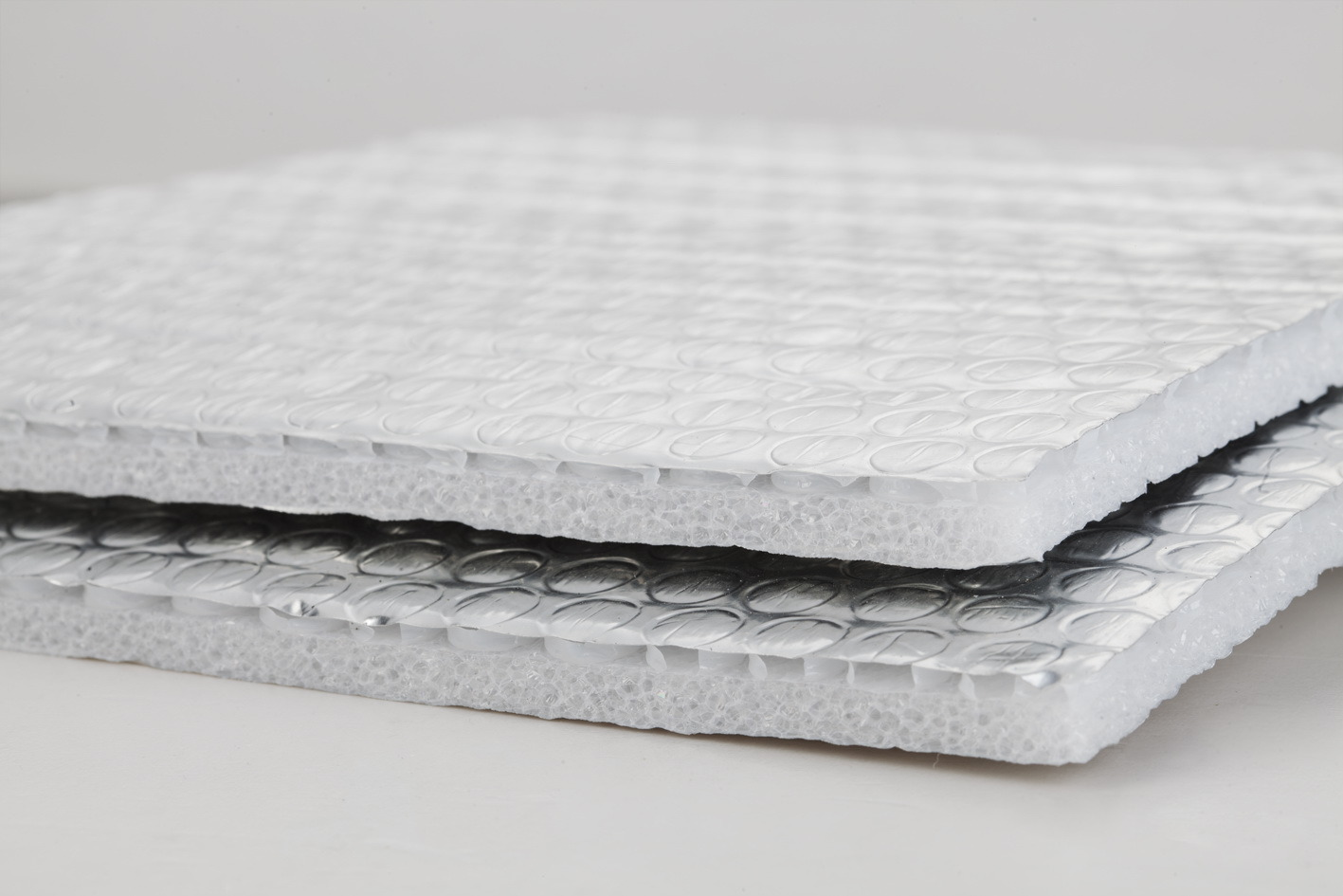 isolation thermique de mousse d 39 epe avec le papier d. Black Bedroom Furniture Sets. Home Design Ideas