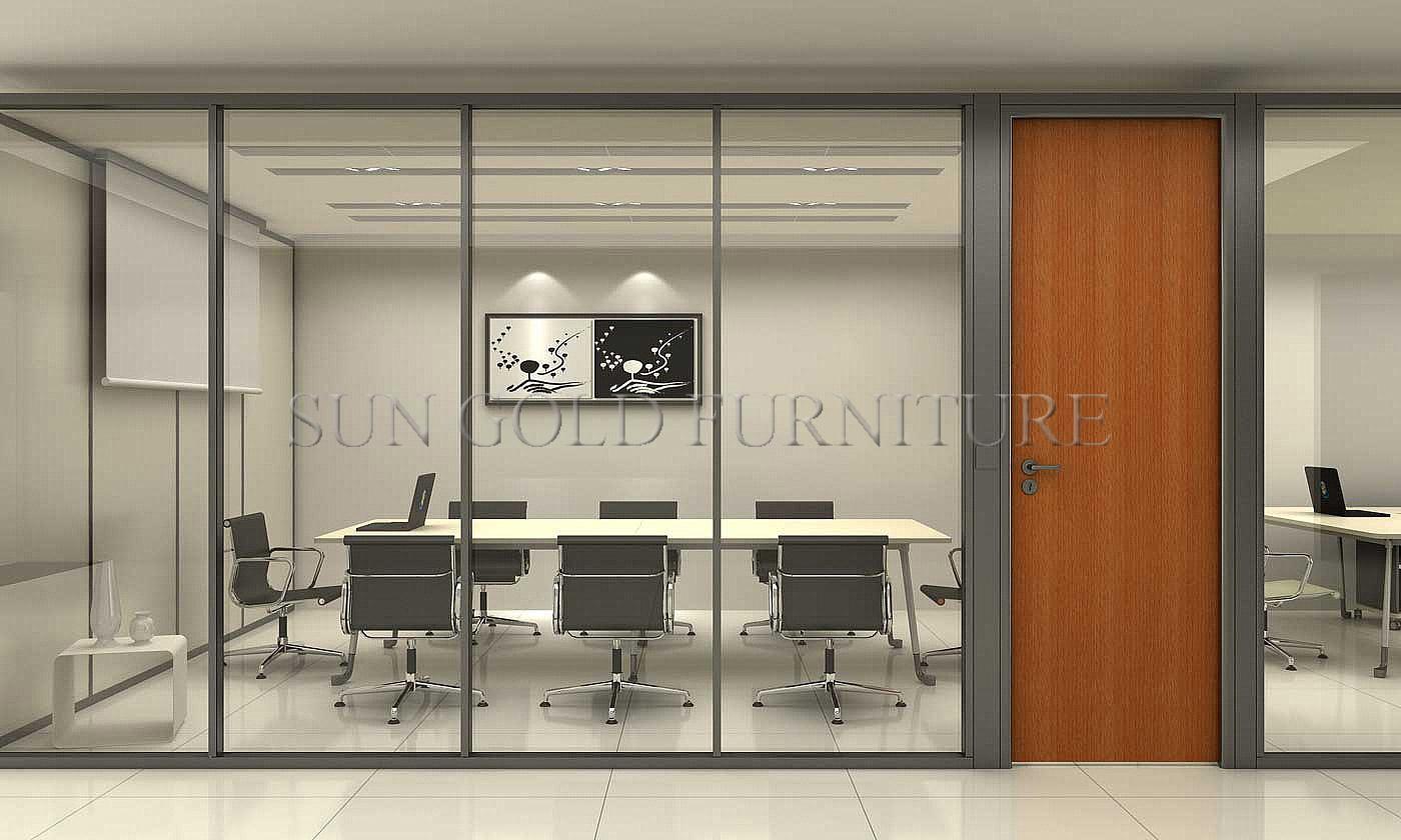 Foto de Vidro moderno e divisória usada madeira dos divisores de  #834A25 1400x840